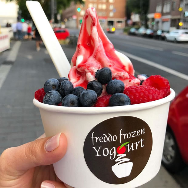 OecherDeal präsentiert Freddo Frozen Yogurt