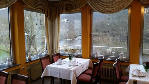 OecherDeal präsentiert das Haus am See in der Eifel