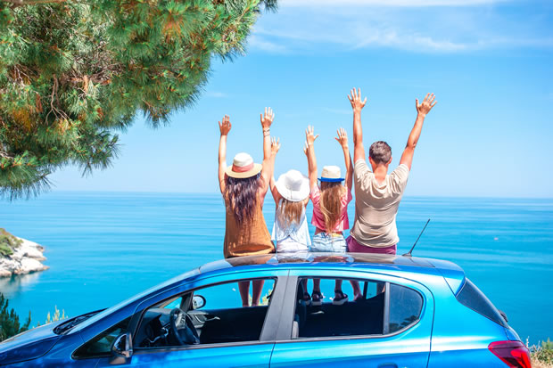 OecherDeal präsentiert den Urlaubscheck von Jacobs Automobile