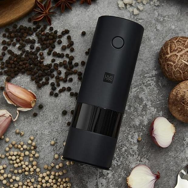OecherDeal präsentiert Sellers mit der automatischen elektrischen Pfeffermühle Salzmühle